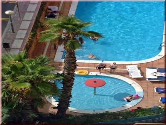 hotel top amaika